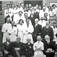 Photo prise le16 juin 1934, à l'hôpital Laënnec de Paris